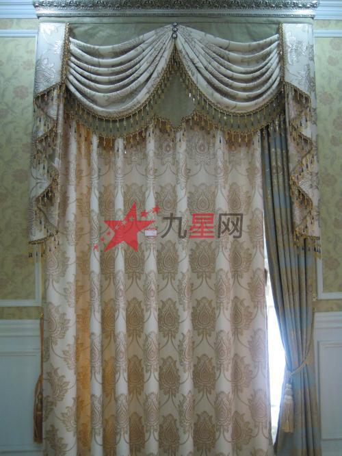 次卧室直立窗欧式装修风格图片