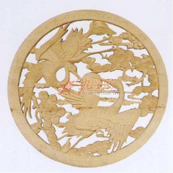 东阳实木工艺雕刻 双鹤耀日花窗