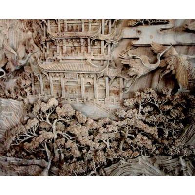 在艺术手法上,东阳木雕以层次高,远,平面分散来处理透视关系,并以中国