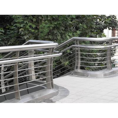 專業制作安裝設計304不銹鋼天橋欄桿扶手