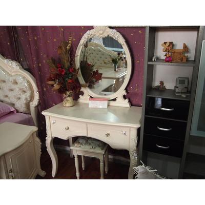 欧式梳妆台+凳子
