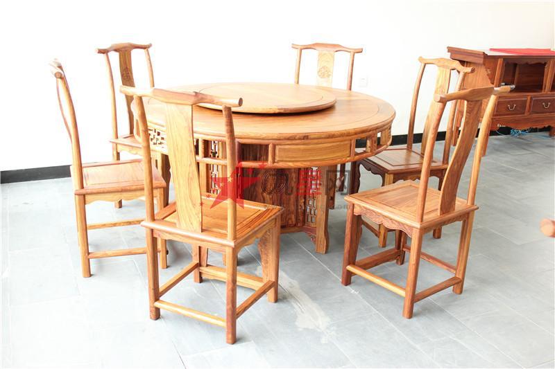 古代木匠做的原木家具一般是纯原木家具.