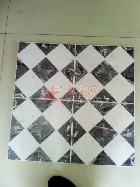 黑白圆形瓷砖拼花