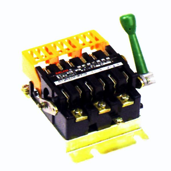德力西蓄电池充电器电路图