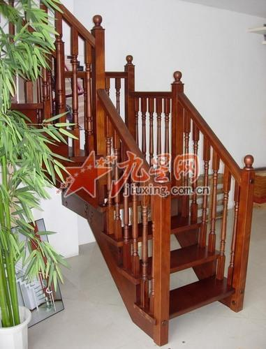 上海阁楼伸缩楼梯