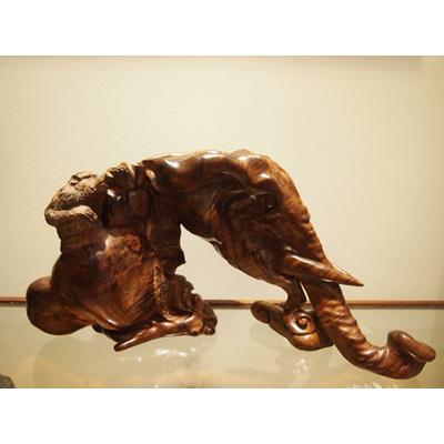 海南黄花梨大象根雕工艺品