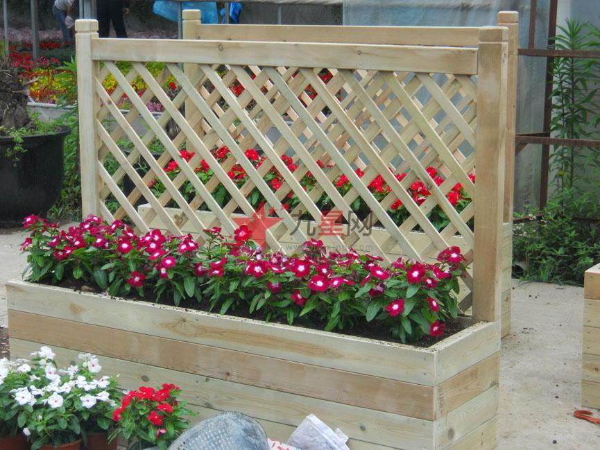 晒台木制花箱护栏图片