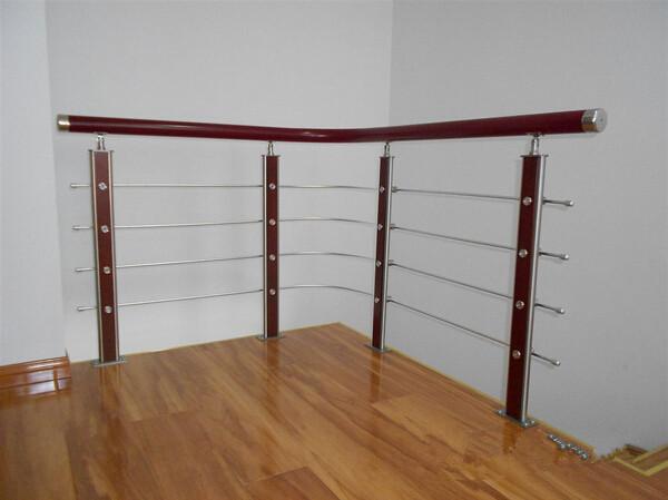 不銹鋼立柱護欄飄窗欄桿圍欄實木扶手鋼木樓梯