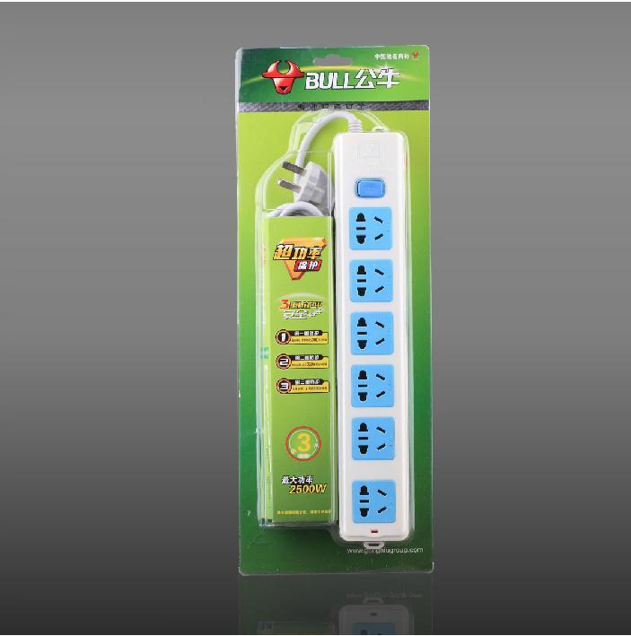 插头/插座 拖线板 > 公牛电源转换器 接线板 gn-107