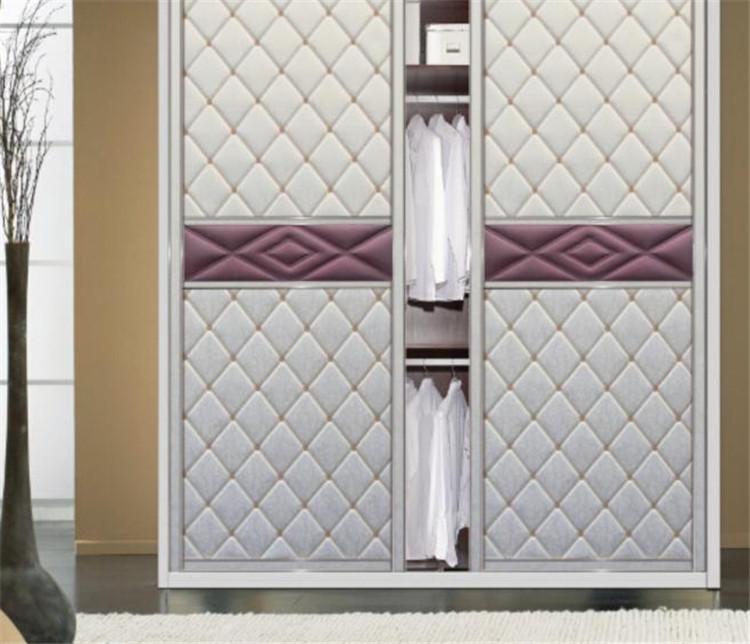 福康家居欧式衣柜推拉门定做质感皮艺软包钛镁合金衣柜门移门订做