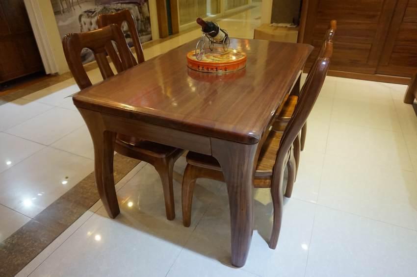 胡桃木餐桌椅ly-05